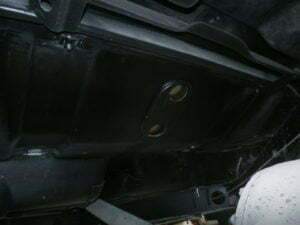 Installing the fuel tank